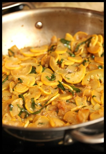 smothered yellow squash