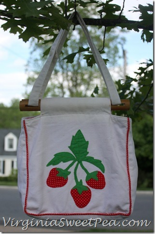 StrawberryPurse1