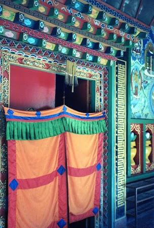 Imagini Nepal: temple tibetane.jpg