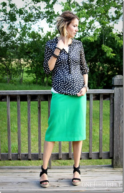 black-white-top-green-pencil-skirt