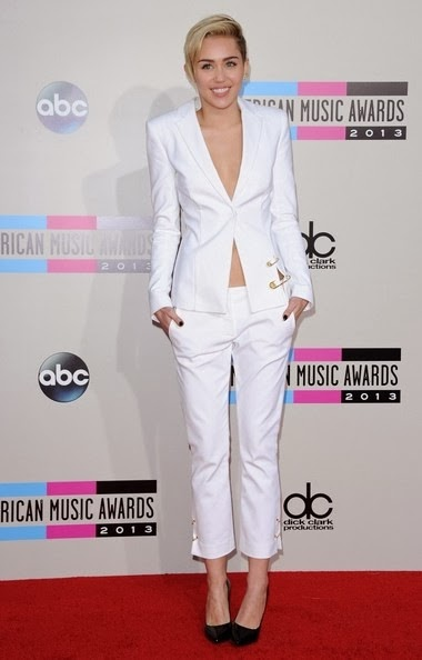 Miley Cyrus-2013 American Music Awards