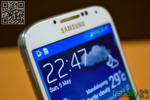 Samsung Galaxy S4 Review Top