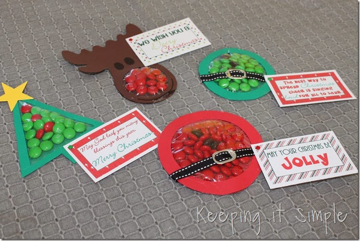 Christmas M&M pouches #freeprintable (9)