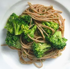 Spaghetti con broccoli (blog Branny Boil Over)(modif.picc)