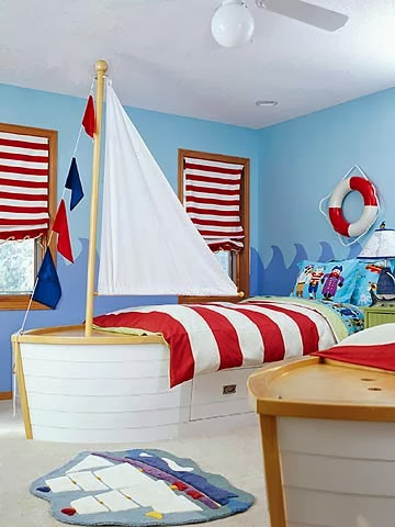 happy-pirate-themed-boy-room