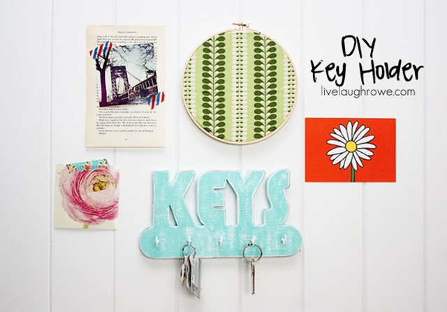 Fabulous-DIY-Key-Holder-with-livelaughrowe.com_