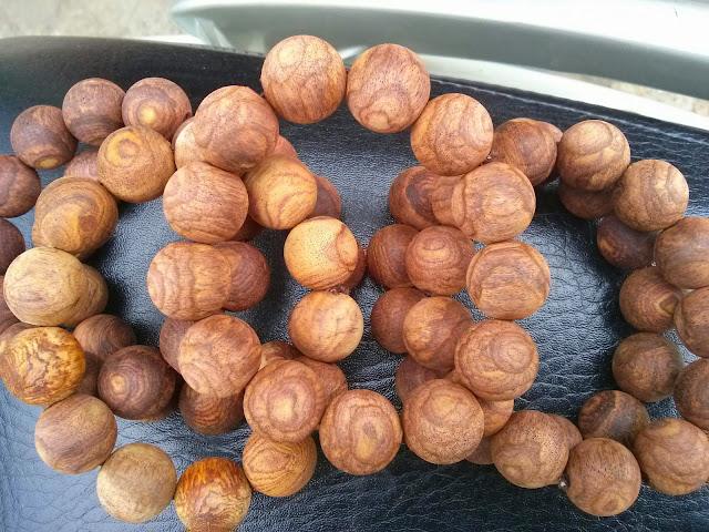 Vòng hạt gỗ sưa 18 mm
