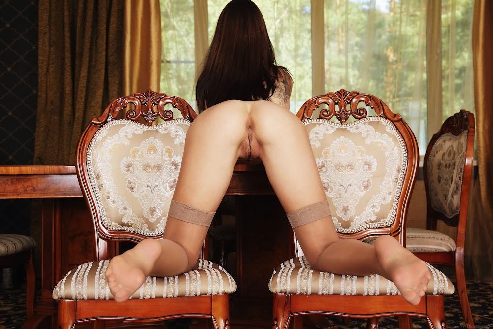 cover_30022047 [Vivthomas] Eos - Legs & Lace