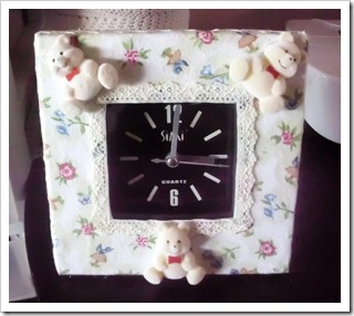 Cute Teddy Bear Clock