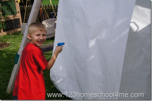 Kids Activities Squirt Gun Painting