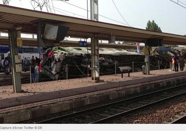 EXCLUSIF Le Point. Brétigny-sur-Orge : des scènes de vol et de caillassage ont bien eu lieu dans France br%C3%A9tiny+sur+orge+d%C3%A9railement+de+train