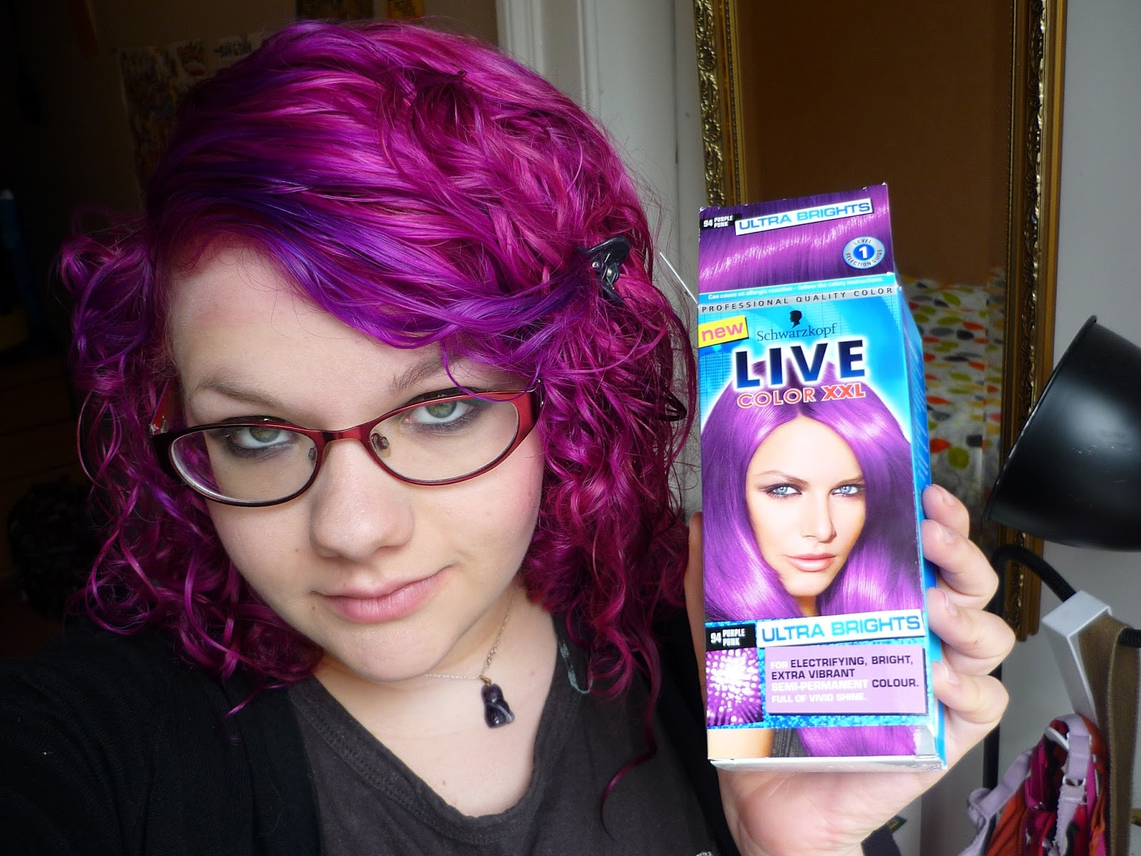 Holly S Blarg Dye Your Hair Purple With Schwarzkopf Live