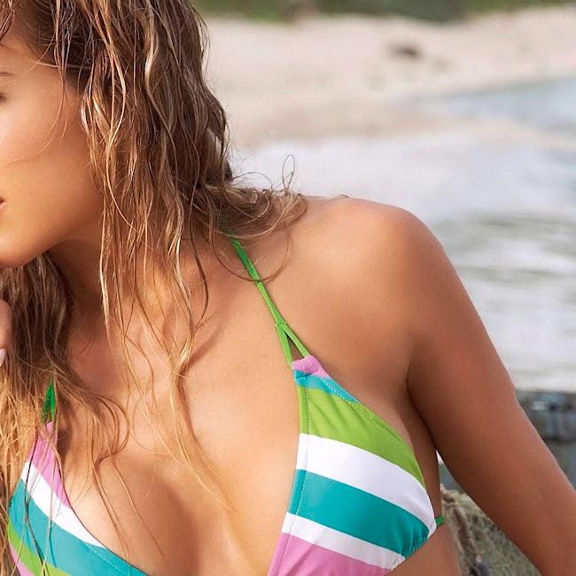 Natalia Paris Swimsuit Foto 53