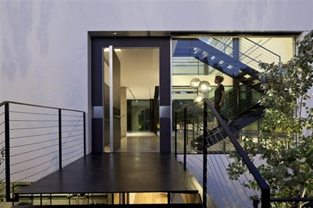 casa-minimalista-Ramat-Gan-Pitsou-Kedem-2