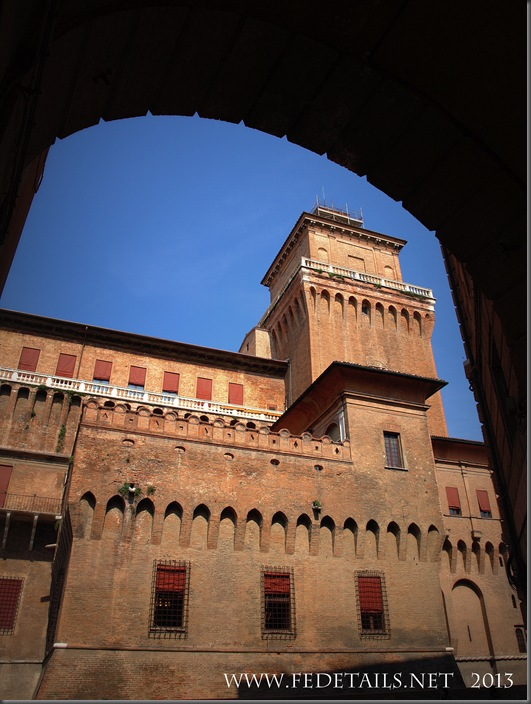 Castello Estense, photo3, Ferrara, EmiliaRomagna,Italy - Property and Copyrights of FEdetails.net