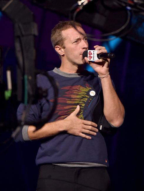 Chris Martin 2014 iHeartRadio Music Festival pY-Hw9tlYEZl