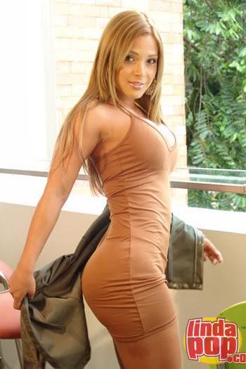 Milena Guzman Striptease Foto 21