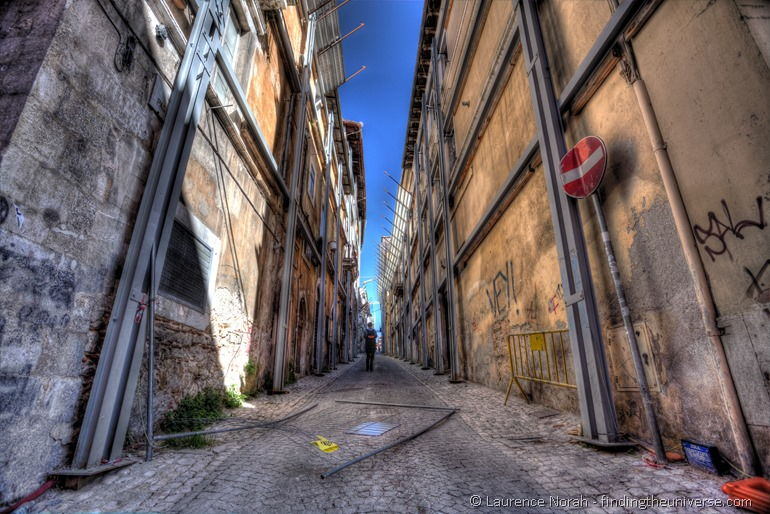 Visiting L'Aquila: A Ruined City - Finding the Universe