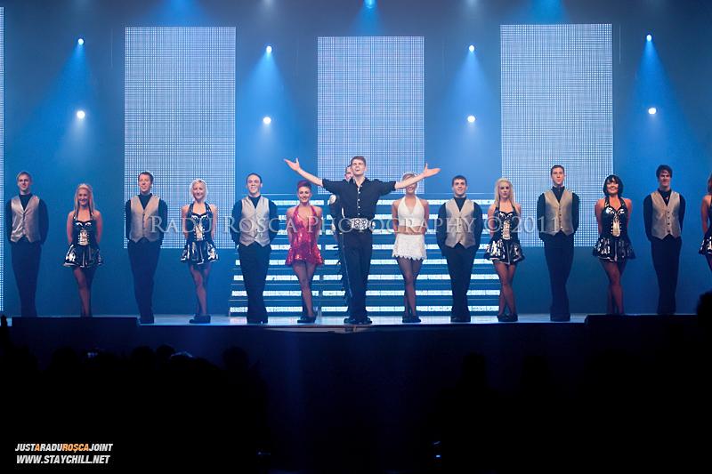 """Trupa irlandeza """"Lord iof the Dance"""" sustine un spectacol in Sala Sporturilor din Tirgu Mures joi, 10 noiembrie 2011."""