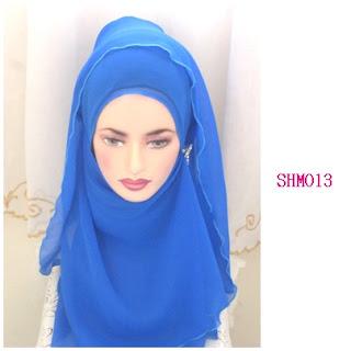shawl halfmoon biru