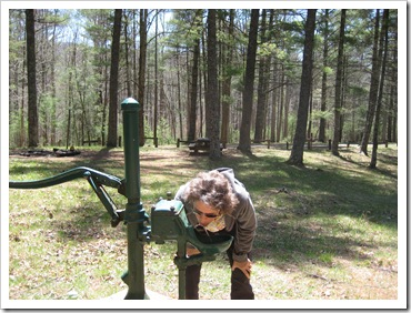 2013-04-23 Walnut Flats, VA - Hand Pump (3)