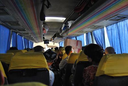 Pe drumul matasii: Autobuzul de Samarkand