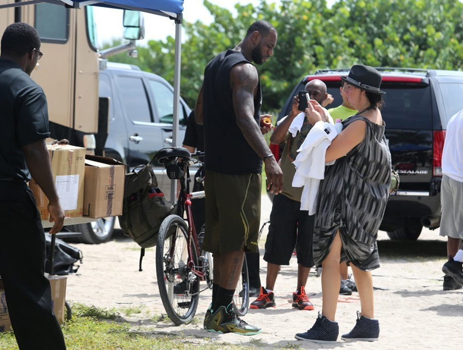 6772abc8456d ... King James Rides a Bike Wears LeBron 11 Shooting a New Nike Ad ...