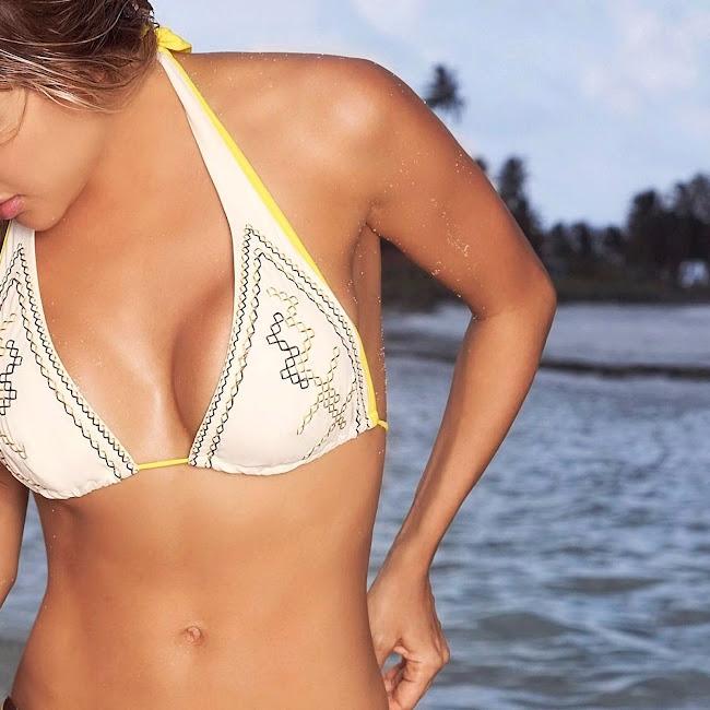 Natalia Paris Swimsuit Foto 28