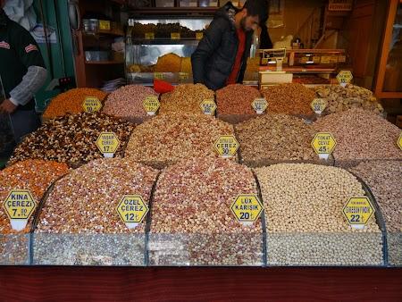 Piata din Istanbul