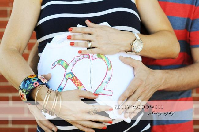 [DSC_1270-002%255B5%255D.jpg&description=Wardrobe Wednesday: Prenatal Photoshoot + a treat for you!')]
