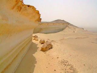 вид первого берега Средиземного моря, существовавшего после потопа, Сахара,   Африка