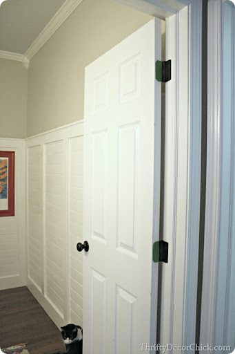 How to paint a door & One more black door from Thrifty Decor Chick