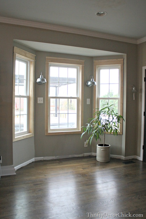 Bay Window Seat In Kitchen From Thrifty Decor Chick Extraordinary Bay Window Living Room Painting