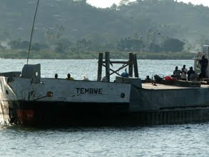 Une embarcation au port de Kalemie, Katanga, RDC