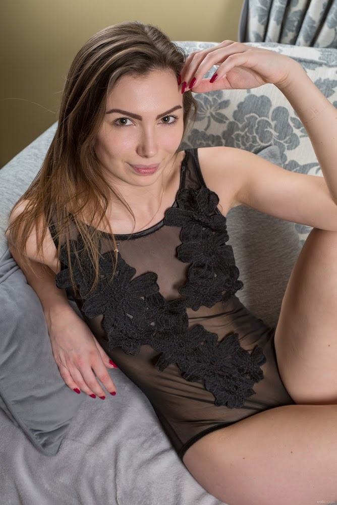 [Eroticbeauty] Presenting Venera
