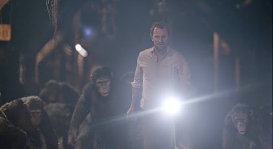 Serkis-and-Clarke--DAWN-OF-THE-PLANET-OF-THE-APES