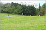 Drachensteigen im Volkspark Prenzlauer Berg