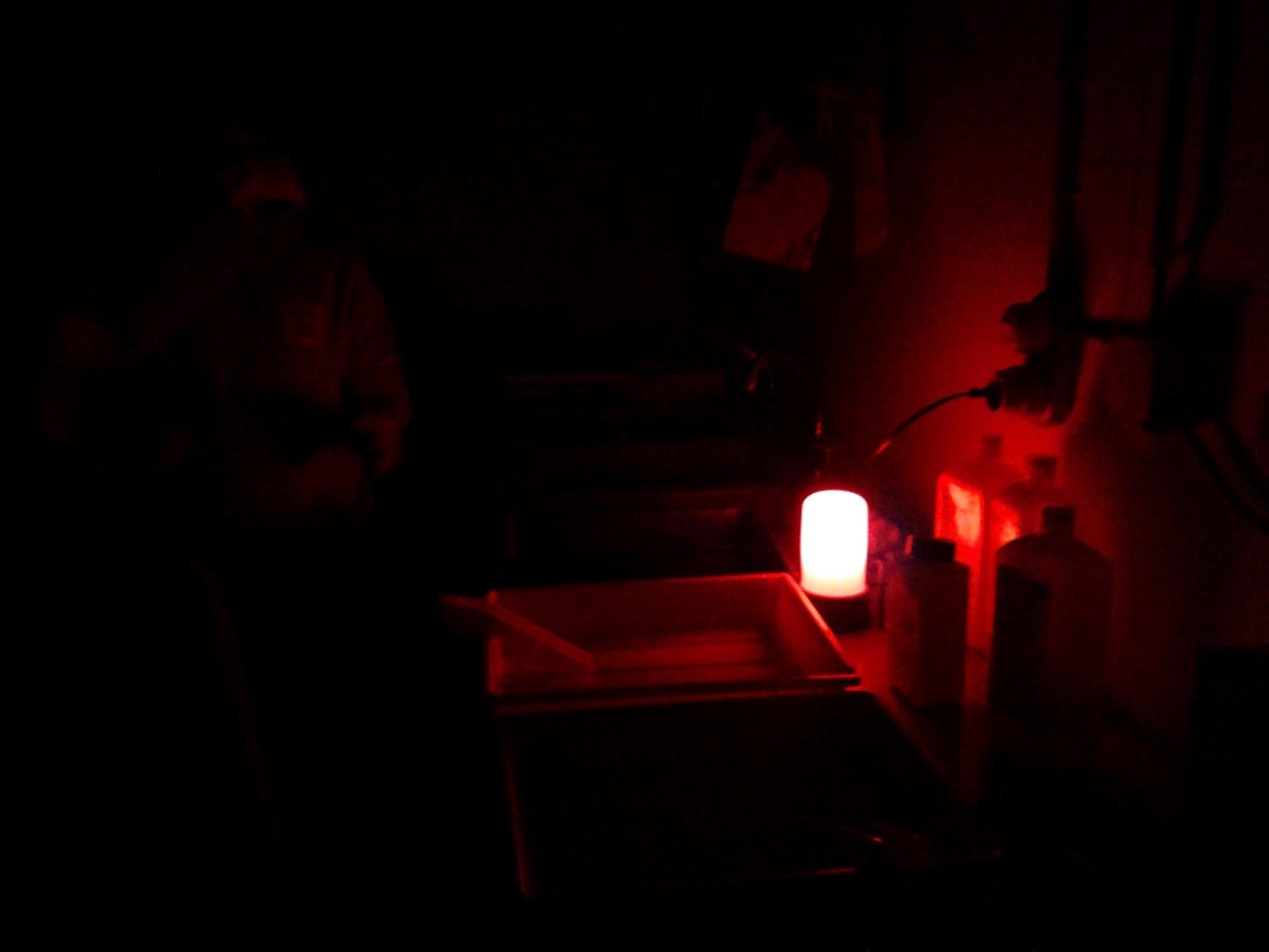 ontwikkelen in de donkere kamer