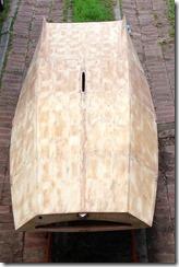 Oztayls-Restoring and sailing a vintage scow Moth: Bottom