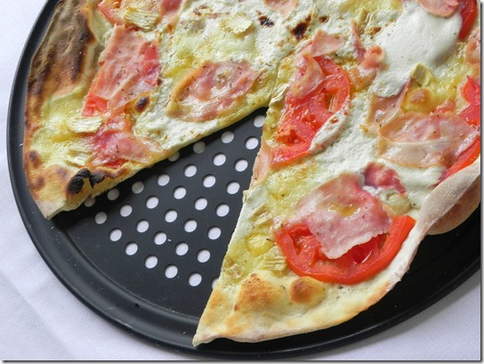 brie-ham-and-tomato-pizza-2