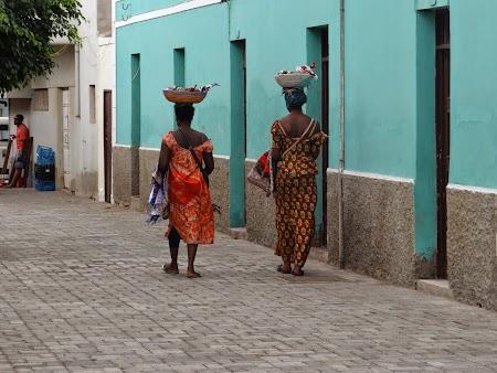07. Africance.JPG
