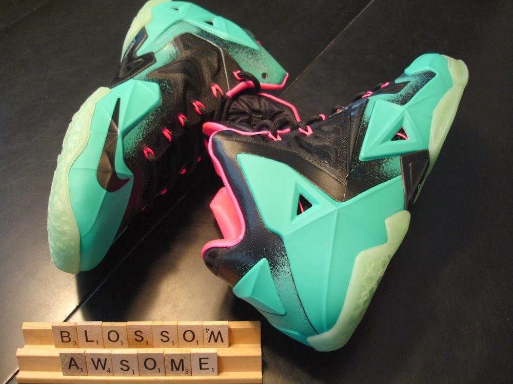 detailed look e9482 feac8 Nike LeBron XI iD South Beach Build by Awsome Blossom ...