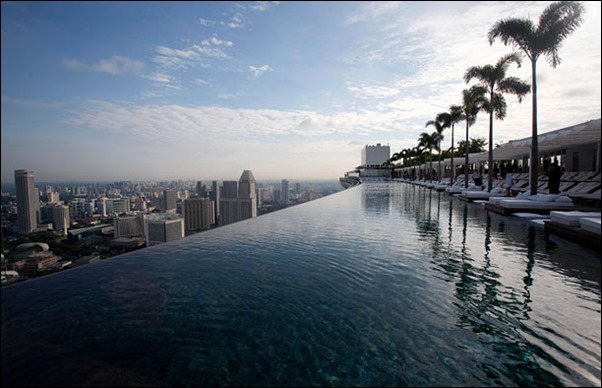 marina-bay-sands-sky-pool-1