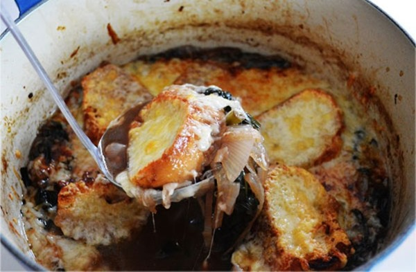 ladel-french-onion-soup