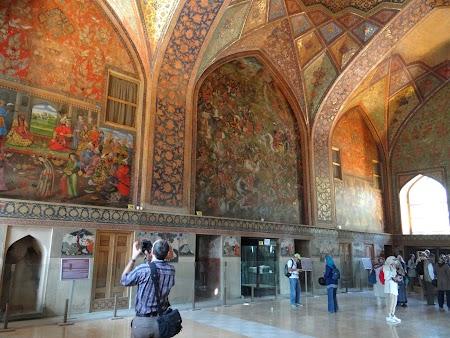18. Interior palat Esfahan.JPG