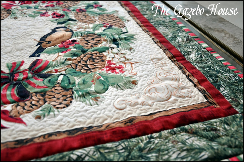 Chicadee quilted wallhanging 013