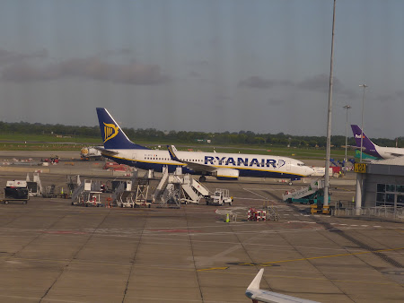 3. Ryanair la Dublin.JPG