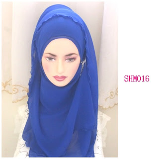 shawl halfmoon electric blue
