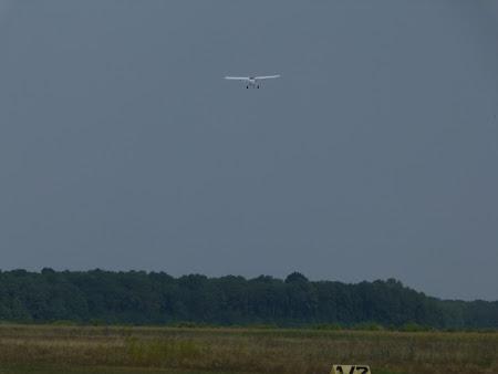 Aventura Card, avion usor: decolare Apollo Fox