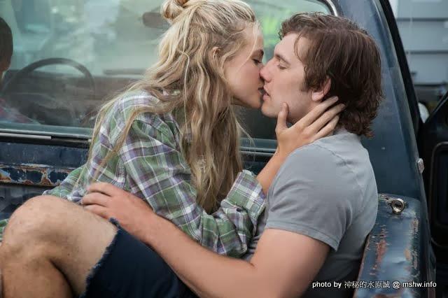 【電影】Endless Love 無盡的愛 : 喜歡是淡淡的愛,愛是深深的喜歡...但純愛絕對是蠢蠢的愛! 電影
